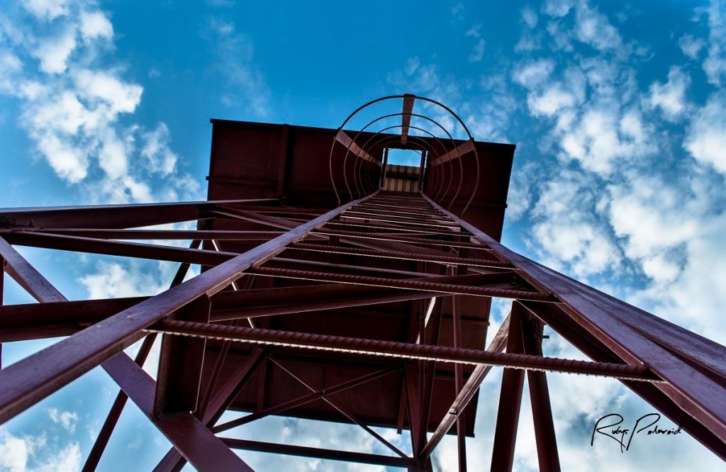 Steel Tower Sky by rubys polaroid
